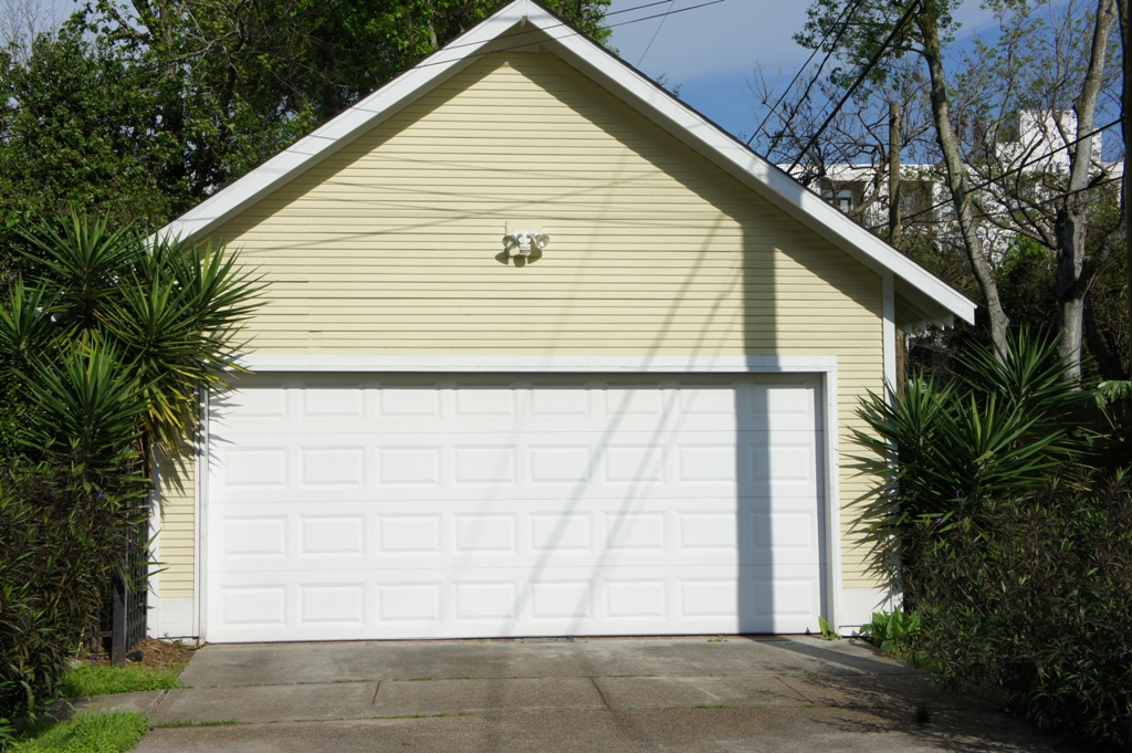 Garage Door Repair in Round Rock